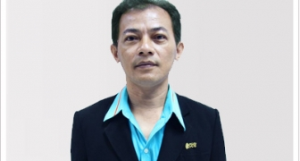 อาจารย์สมพร ศรีอาภานนท์  (ผู้อำนวยการสำนักวิทยบริการและเทคโนโลยีสารสนเทศ)