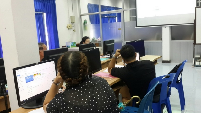 20170714-teaching-through-the-internet-trainers
